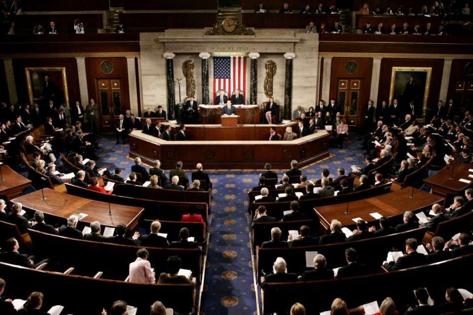 """""""Изборите на половина мандат"""" во САД – се бираат члениво на Претставничкиот дом"""