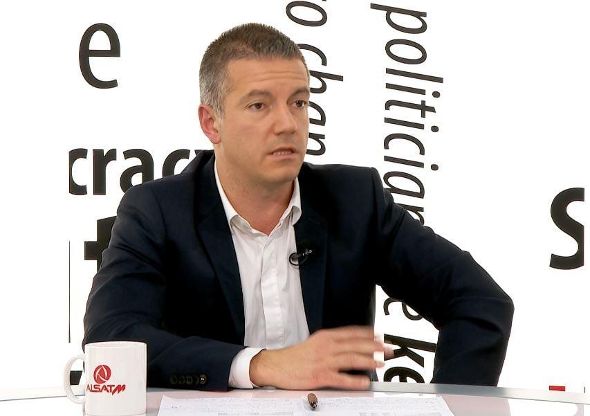 Манчевски: Префрлувањето на административците во приватниот сектор ќе биде доброволно