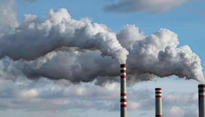 Експертите ги анализирале само помалите загадувачи на воздухот, фабриките ги оставиле за крај