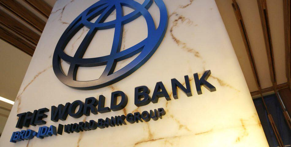 Џим Јонг Ким претседателот на  Светска банка се повлекува од функцијата