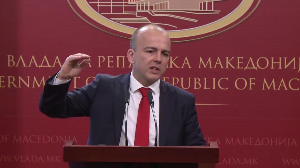 """Тевдовски: Ќе ги намалиме каматите за """"Купи куќа, купи стан"""""""
