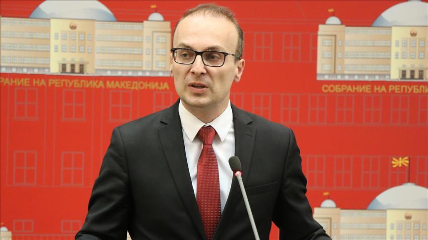 Милошоски: Г-н Анѓушев, ќе објасните ли кога ќе почнете со проектот поврат на 15% ДДВ, кој го ветивте пред изборите?