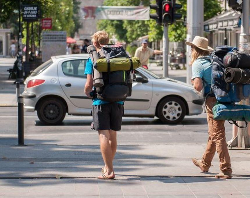 Приливот на девизи од туризмот во првите три квартали oд годинава поголем во однос на лани