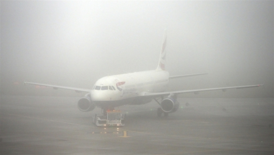 """Апсење на скопскиот аеродром Турци сакале да патуваат со """"фалц"""" пасоши"""