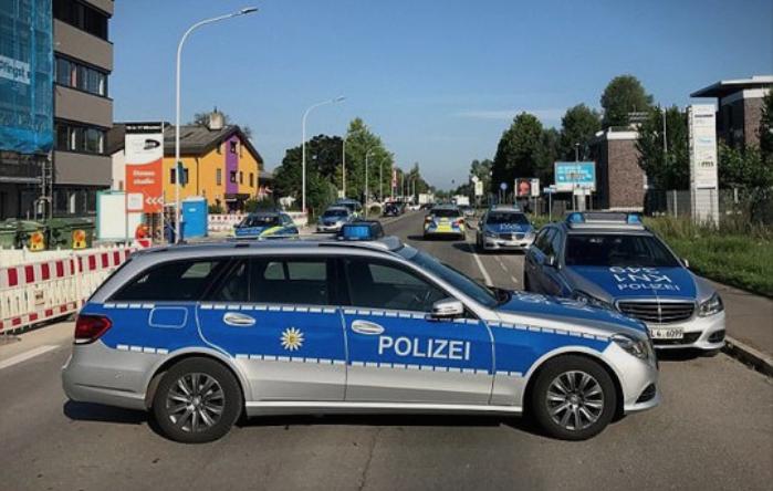 Во Берлин германската полиција спроведе рација во џамија