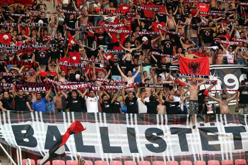 """""""Балисти"""" за италијански портал: Ја мразиме македонската публика и им посакуваме се најлошо"""