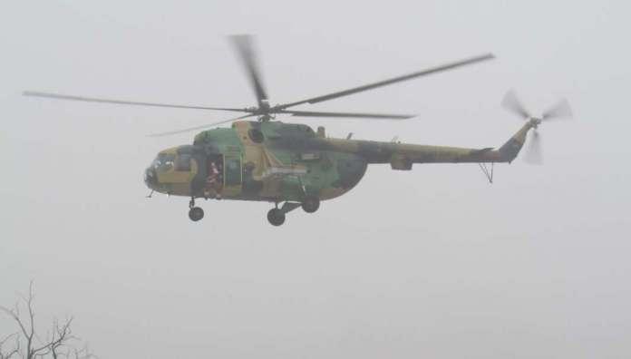 Дедо Мраз со воен хеликоптер пристигна во Скопјe