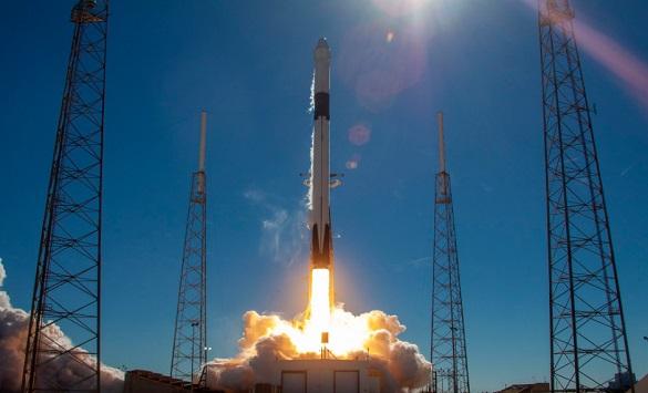 СпејсИкс на Илон Маск испрати мисирка во вселената