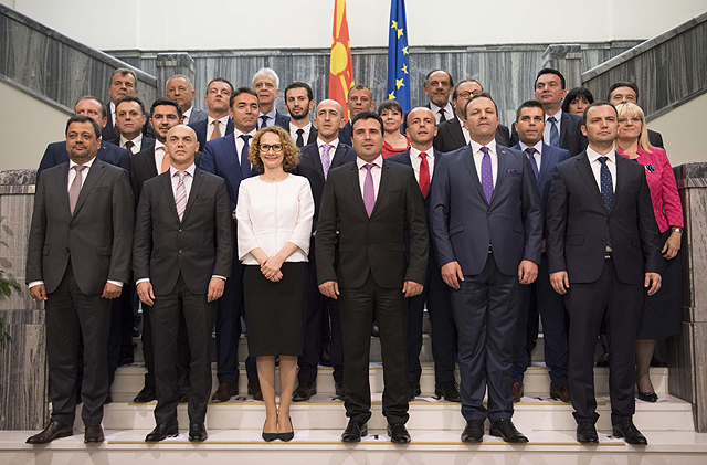 Премиерот во заминување Заев откри кои се двајцата кандидати за технички премиер во јануари