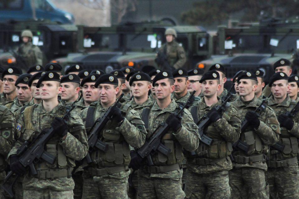 Тачи: Косово ќе одговори на секоја закана од Србија со војска и полиција