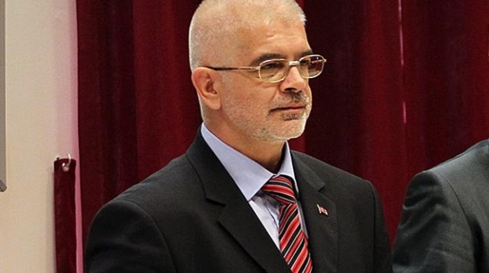 Комисијата даде зелено светло: Ќе се собираат потписи за нов реферндум за името