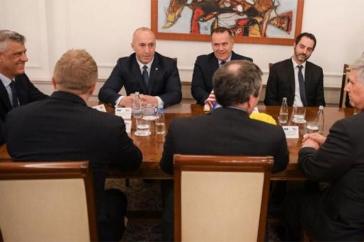 Харадинај го напушти порано состанокот со американската делегација