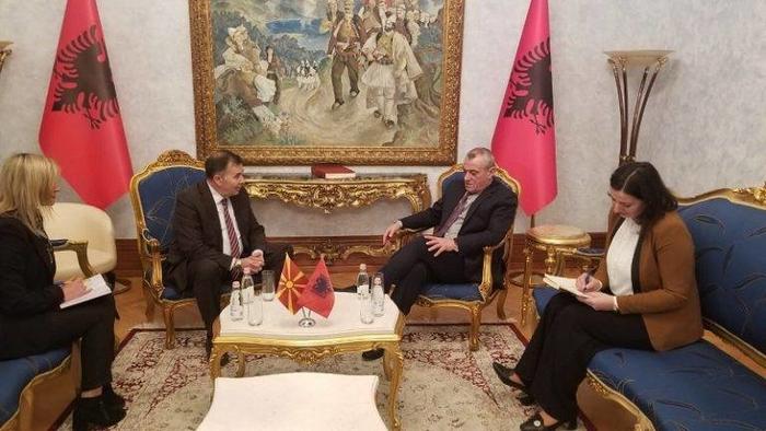 Ручи: Четврток првиот можен датум за ратификација на Протоколот за членство на Македонја во НАТО