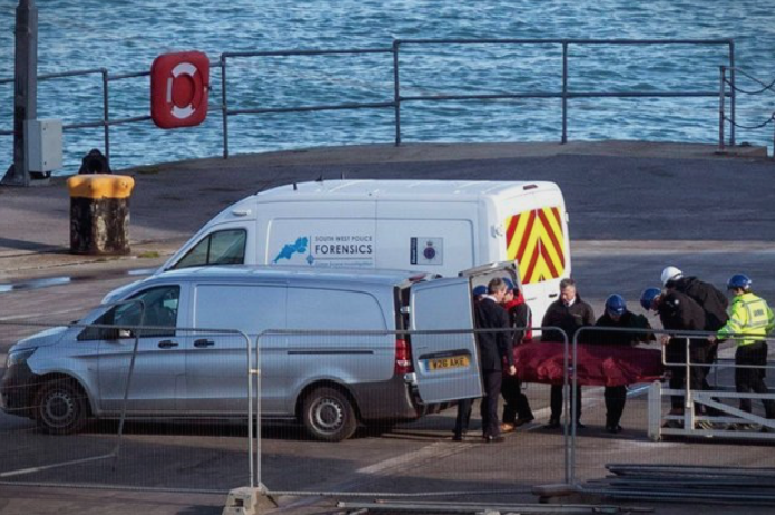 Откриен идентитетот на пронајденото тело во авионот на фудбалерот Сала- потрагата по второто тело никогаш нема да продолжи