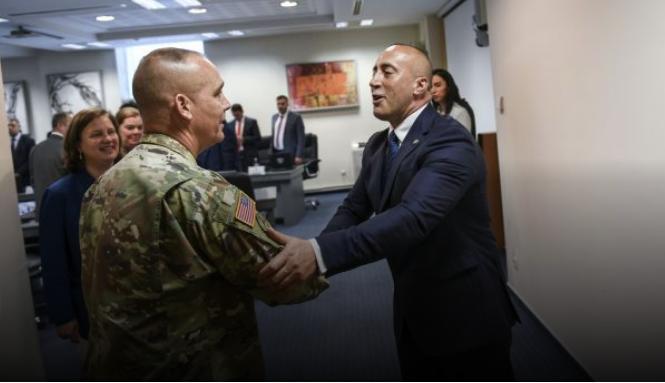 Заради таксите американски генерал ја откажа посетата на Косово