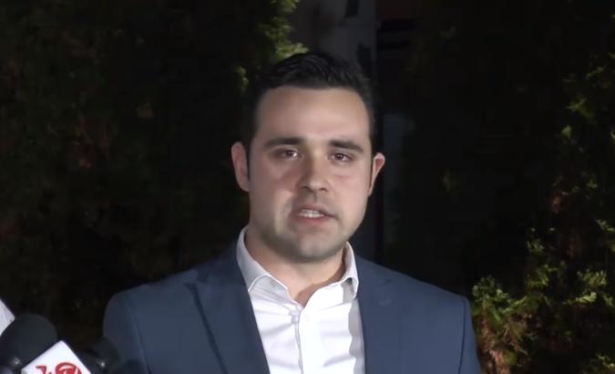 (ВИДЕО) СДСМ: Мицкоски и Груевски се сценаристи на денешното претепување