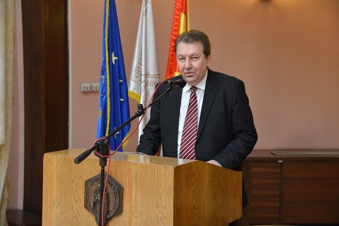 Сочувство од ректорот Јанкуловски за четворицата загинати студенти од УКИМ