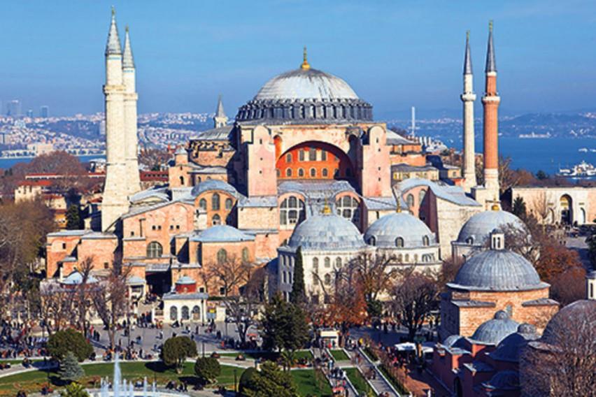 """Ердоган ќе ја преименува """"Света Софија"""" во џамија"""