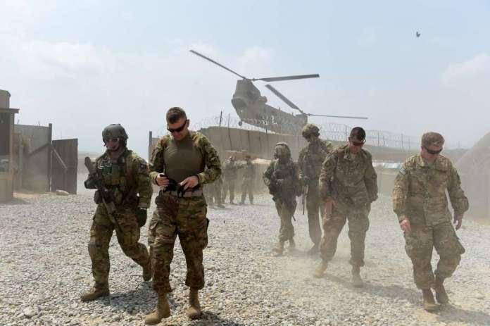 Авганистански војник уби двајца американски војници