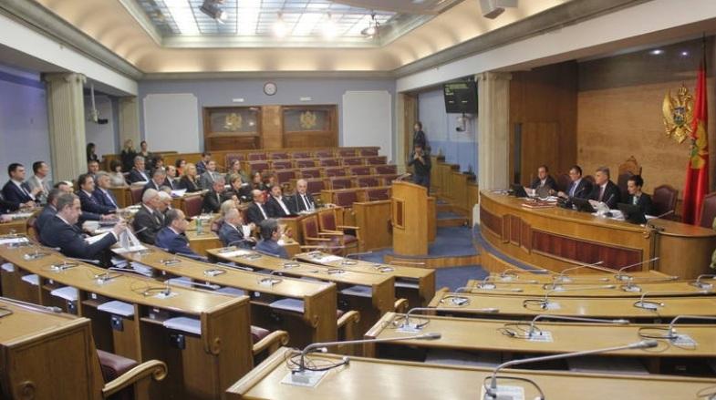 Собранието на Црна Гора не го усвои законот за истополови бракови