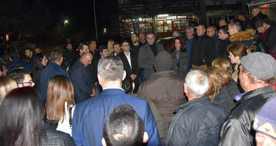 Мицкоски: Жителите на Криволак се борат за гол живот