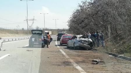 Во Македонија во сообраќајки гине по еден човек на секои два-три дена