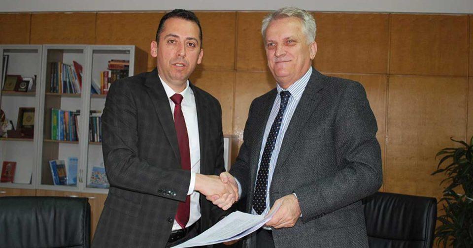 """ЈП """"Комунална хигиена""""-Скопје потпиша  Меморандум за соработка со  Универзитетот """"Мајка Тереза"""""""