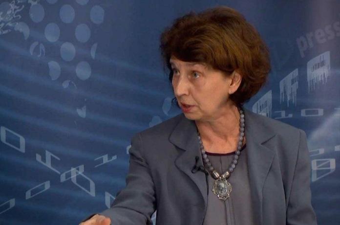 Сиљановска: Уставниот суд наликуваше на продолжена рака на власта кога требаше да пресуди во името на правото