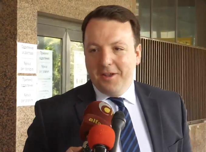 Николоски: Граѓаните вчера на избори, а судот денес на судење потврди дека Вице Заев е главен бизнис фактор во државата