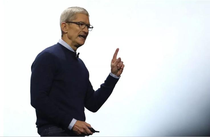 Шефот на Епл со важна порака за сите корисници на паметни телефони