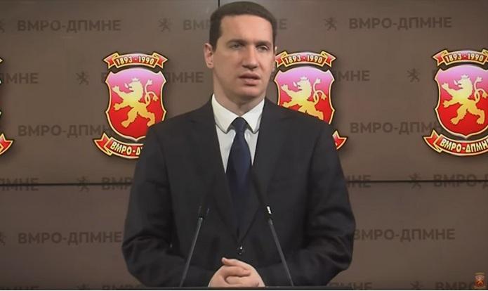 """Ѓорчев: Дојдовме до тоа луѓето со грутка во грло да скандираат """"Македонија"""""""