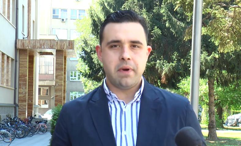 Костадинов: Мицкоски да каже кој ги лиферувал снимките во италијанскиот медиум