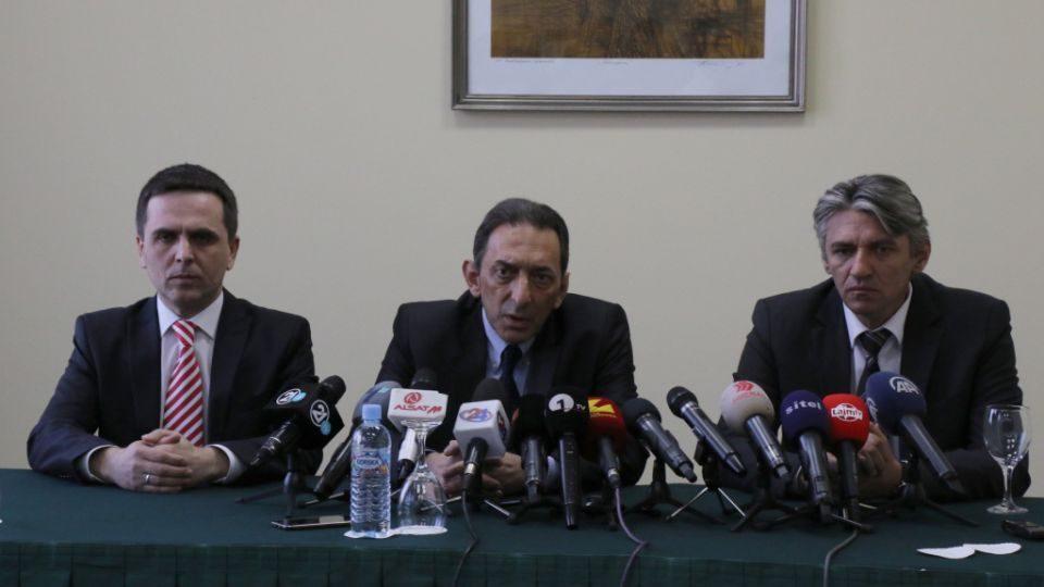 Река: Започнува политичка пролет во Македонија