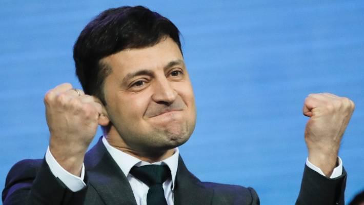 Украинскиот претседател сака референдум за преговорите со Русија
