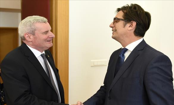 Претседателот Пендаровски на средба со германскиот амбасадор