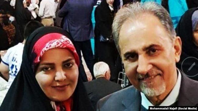 Поранешниот градоначалник на Техеран со пиштол си ја убил сопругата