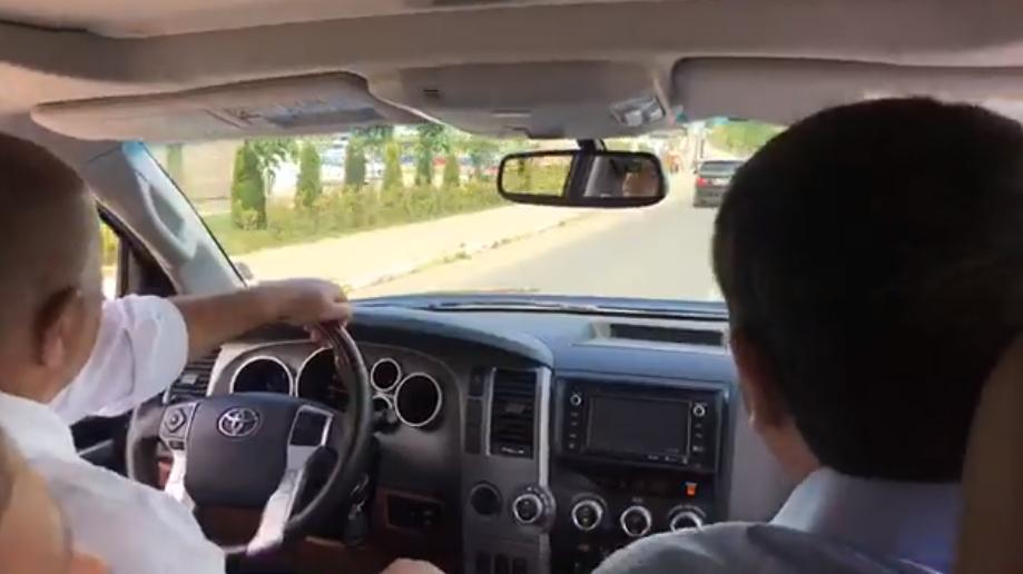 (ВИДЕО) Борисов го возеше Ципрас со џип