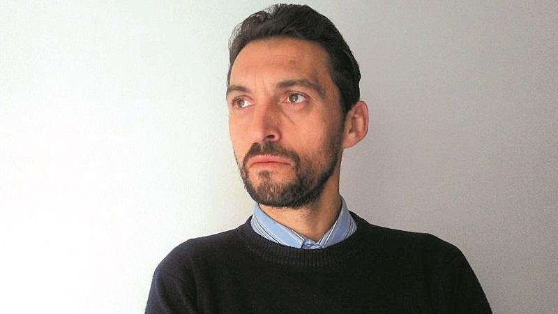 """Интервју на """"Лидер"""" со Здравко Савески: Метлата треба да го зафати прво самиот Заев"""