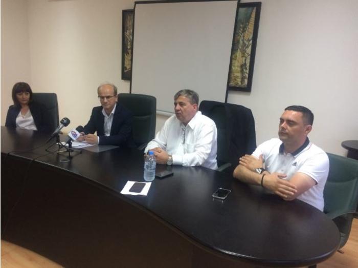 Производителите на ракија бараат да се одложи плаќањето на акцизата