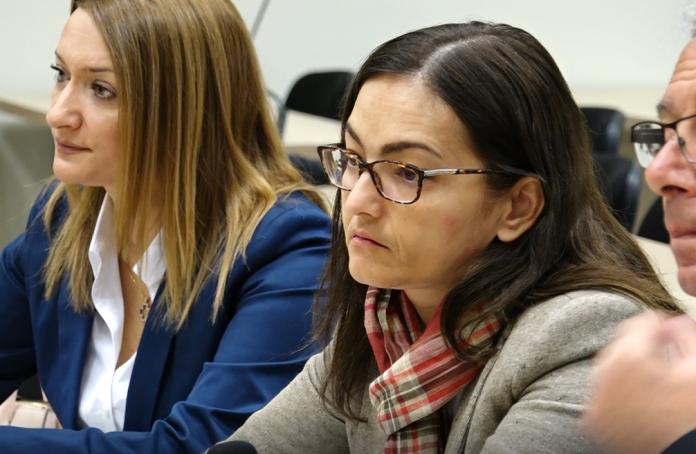 """Сопругот на Јанкуловска побара разрешување на Кацарска поради пристрасност во """"Тенк"""""""