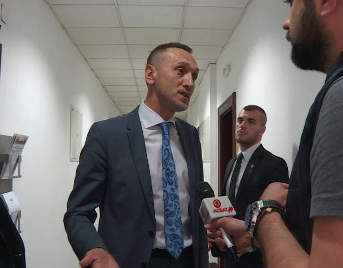 (ВИДЕО) Муслиу за изјавата на Османи: Јас колку што знам ДУИ и СДСМ го поддржаа Пендаровски