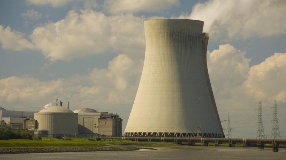 Владата заинтересирана да гради нуклеарна електрана со Бугарија