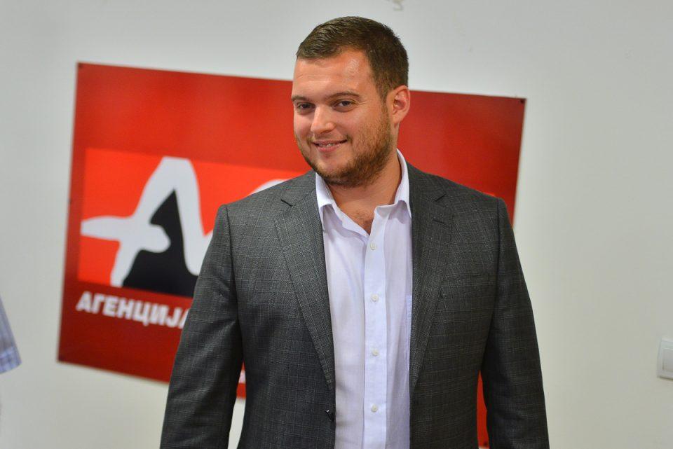 (ИНТЕРВЈУ) Дарко Каевски: СДММ ја подржува парадата на гордоста!