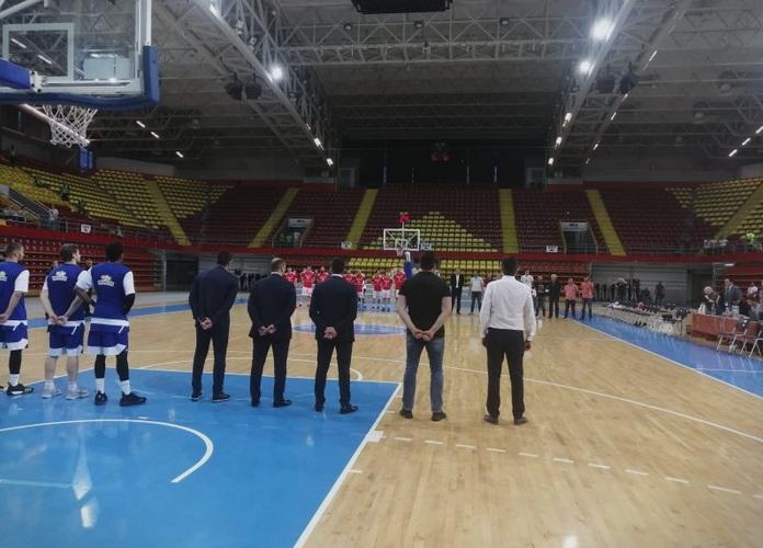 Со минута молчење започна пресметката меѓу Работнички и МЗТ Скопје