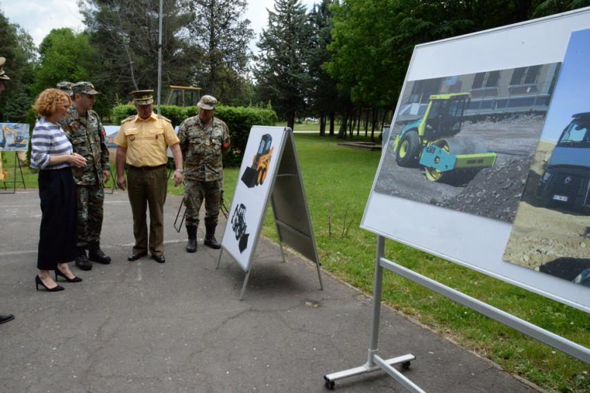 Армијата ќе се модернизира со 15 нови инженерски машини