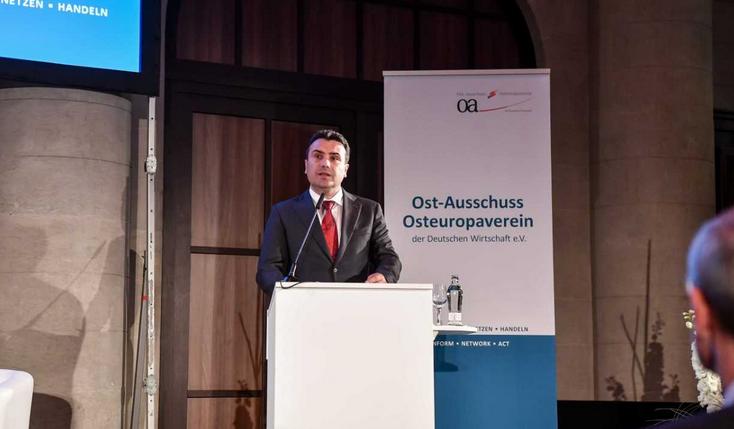Заев од Берлин: Имаме европски стандарди за бизнис – 200 германски компании вработуваат 20 илјади граѓани