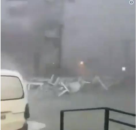 Видео од ураганот на Халкидики – ветерот однел се пред себе