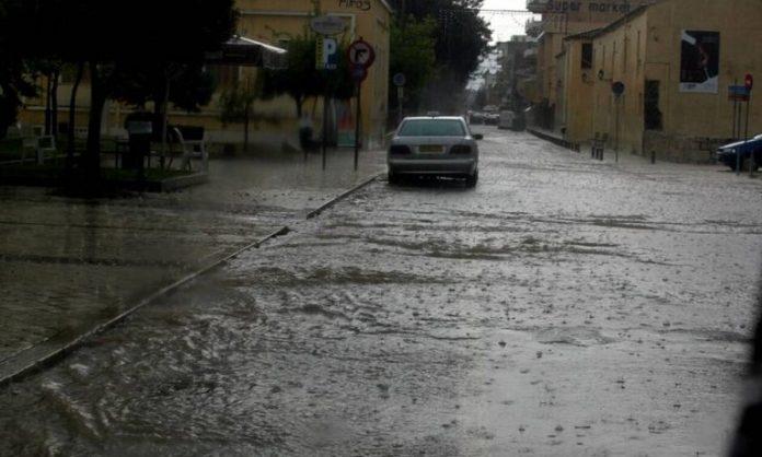 Евакуација во западниот дел од Грција поради поплави