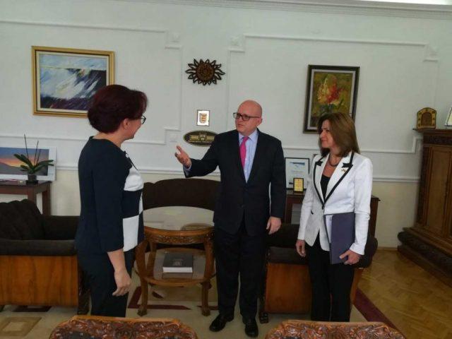Рикер се сретна со градоначалничката на Битола
