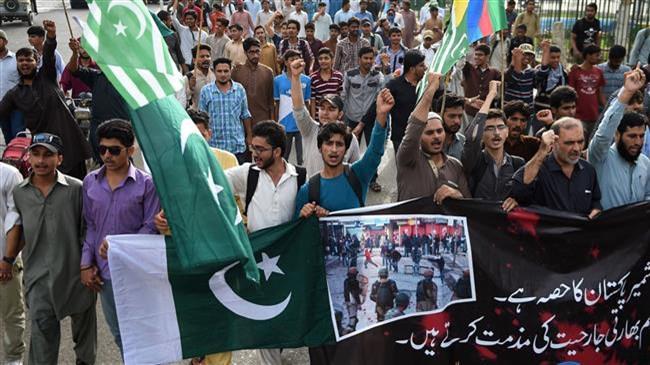 Протести во Кашмир, Индија најави намалување на безбедносните ограничувања